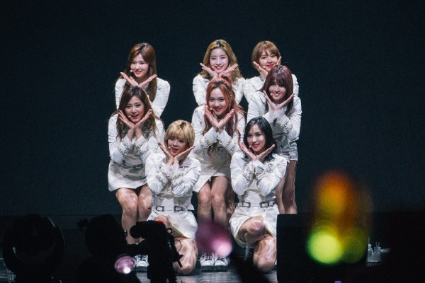 TWICE Cheer Up Singapore ONCE [PHOTOS]key=>4 count8