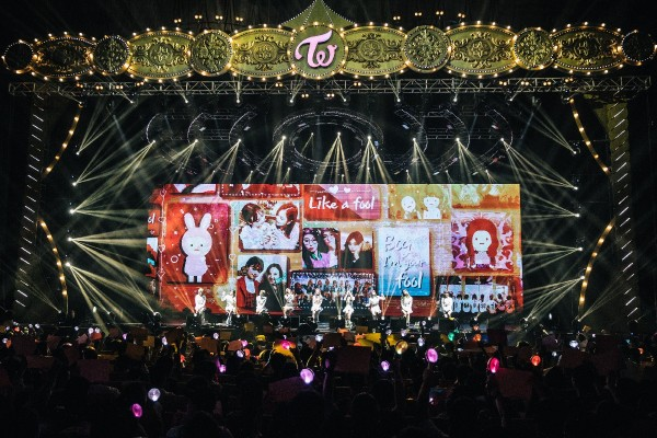TWICE Cheer Up Singapore ONCE [PHOTOS]key=>6 count8