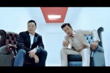 PSY & Lee Byung Hun On