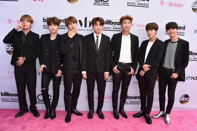 BTS Billboard Music Awards 2017