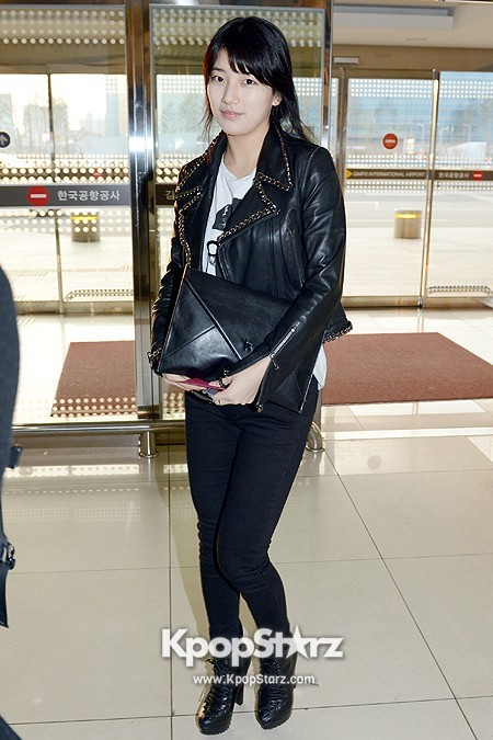 Suzy Leaving for Drama ' Big' Promotions in Japankey=>7 count21