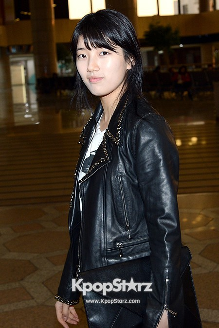 Suzy Leaving for Drama ' Big' Promotions in Japankey=>12 count21