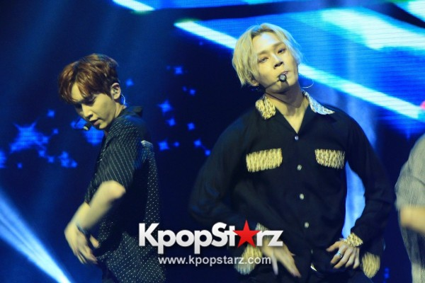 PENTAGON Put Up Powerful Performances At First Showcase in Singapore [PHOTOS] key=>1 count30