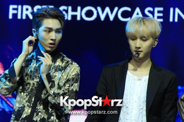 PENTAGON Put Up Powerful Performances At First Showcase in Singapore [PHOTOS] key=>22 count30