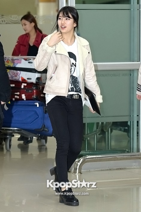 Airport Fashion: Suzy Returns to Korea Concluding Movie 'Big' Promotion in Youthful Fashion key=>1 count12