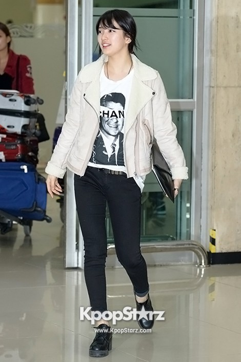 Airport Fashion: Suzy Returns to Korea Concluding Movie 'Big' Promotion in Youthful Fashion key=>2 count12