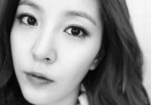BoA Shows off her V-Line Chin, 'Breathtaking Beauty'