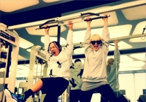 Taeyang-CL Work out Together, 'YG Siblings?'