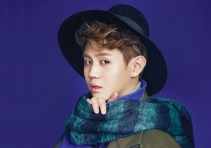 Yang Yoseob of BEAST Looks Handsome in Suits for Elle Girl
