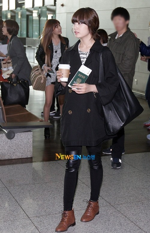 T-ara Jiyeon's Airport Fashion and Casual Stylekey=>4 count15