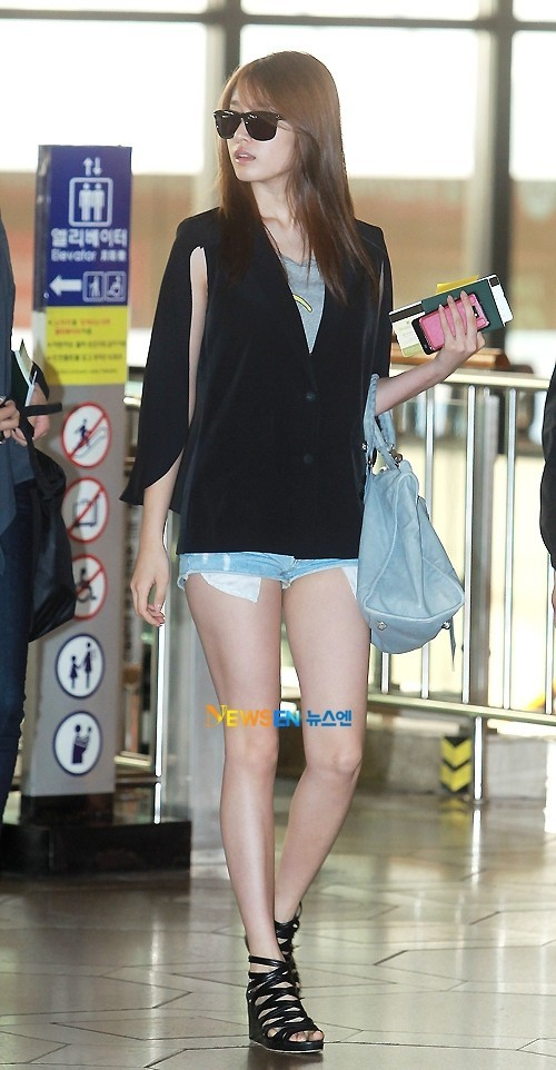 T-ara Jiyeon's Airport Fashion and Casual Stylekey=>6 count15
