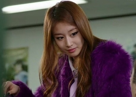 T-ara Jiyeon's Airport Fashion and Casual Stylekey=>13 count15