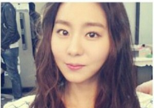 After School Uee, Cute Picture While Filming, 'Natural Beauty'