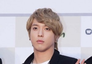 CNBLUE Jung Yong Hwa Suits his Blonde Hair? 'Best Match'