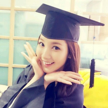 park min young graduation after 9 yearskey=>0 count1