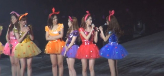 Girls Generation (SNSD) During the 2nd Japan Arena Tour Concert (Girls & Peace) in Kobekey=>1 count7