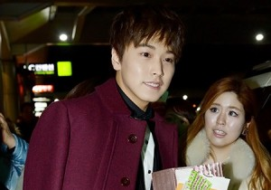 Super Junior Sungmin's Stylish Party Airport Fashion