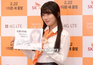 Suzy Fan Signing Event