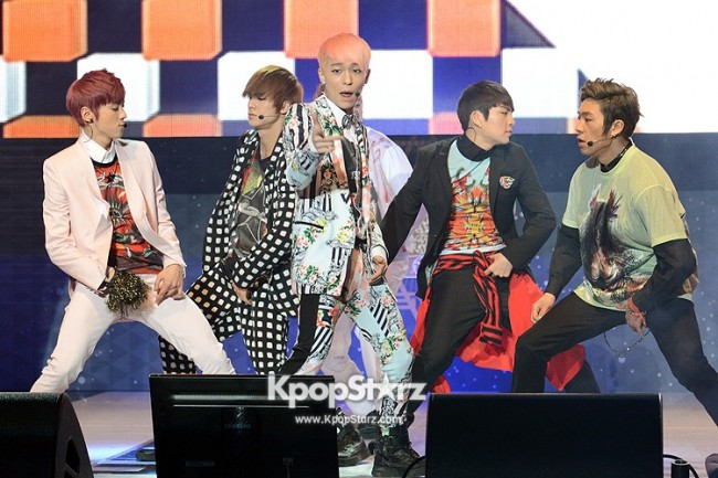 TEEN TOP No.1 Holds The First Album No.1 Showcasekey=>3 count20