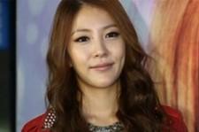 BoA-Daesung-Jang Keun Suk Rank in Top 10 for Japan Oricon Charts