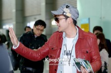 Seven at Incheon Airport Leaving for 2013 SamSung Blue Day Festival in Nanjing