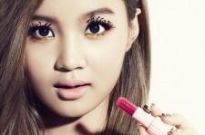 'Monster Rookie' Lee Hi Receives Numerous Overseas Love Calls, 'Global Star?'
