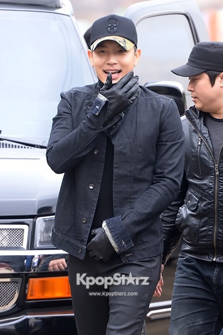 Se7en Entering army for Basic Training in Uijeongbu on March 19key=>3 count32