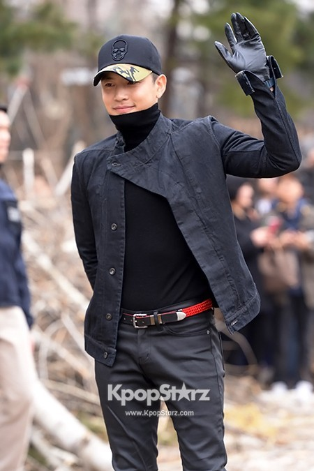 Se7en Entering army for Basic Training in Uijeongbu on March 19key=>10 count32