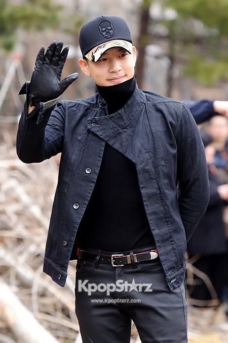 Se7en Entering army for Basic Training in Uijeongbu on March 19key=>11 count32