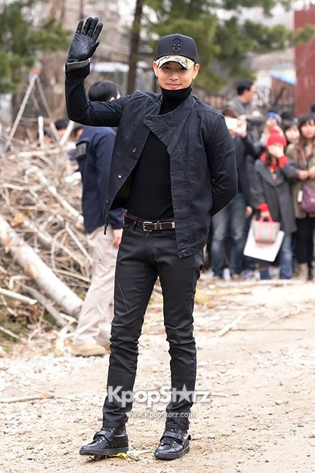 Se7en Entering army for Basic Training in Uijeongbu on March 19key=>13 count32