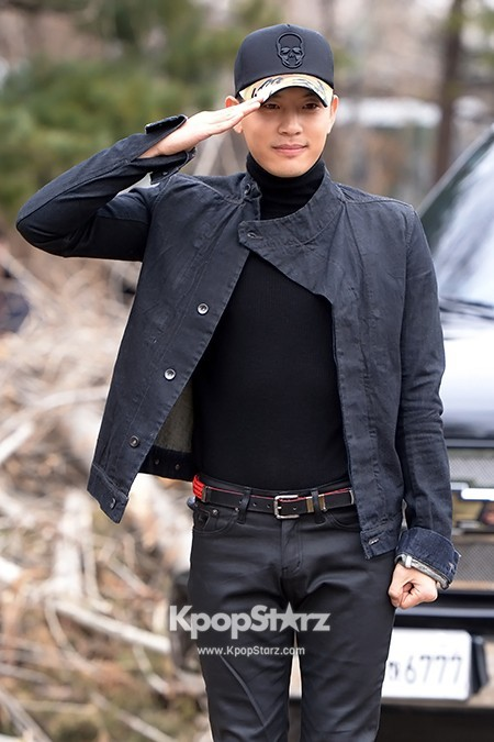 Se7en Entering army for Basic Training in Uijeongbu on March 19key=>15 count32
