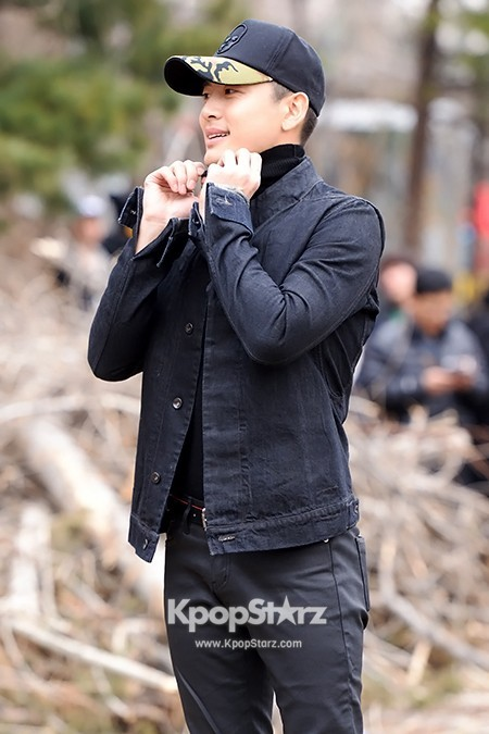 Se7en Entering army for Basic Training in Uijeongbu on March 19key=>17 count32