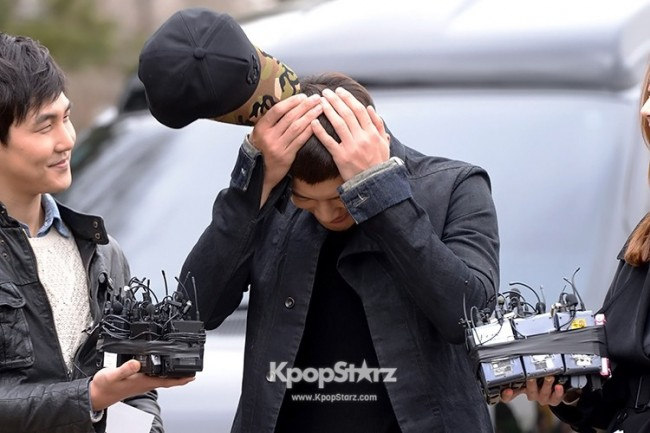 Se7en Entering army for Basic Training in Uijeongbu on March 19key=>20 count32