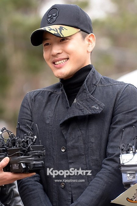 Se7en Entering army for Basic Training in Uijeongbu on March 19key=>25 count32