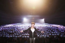 Ki Bum in front of the 3,000 fans who attended his fan meeting in Thailand