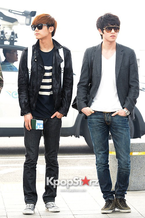 CNBLUE Leaving for Blue Moon World Tour in Taiwan - April 5, 2013key=>4 count7