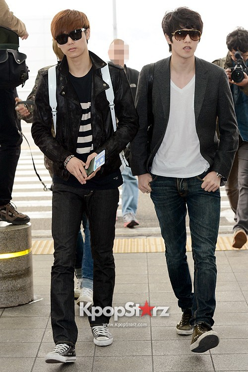 CNBLUE Leaving for Blue Moon World Tour in Taiwan - April 5, 2013key=>6 count7