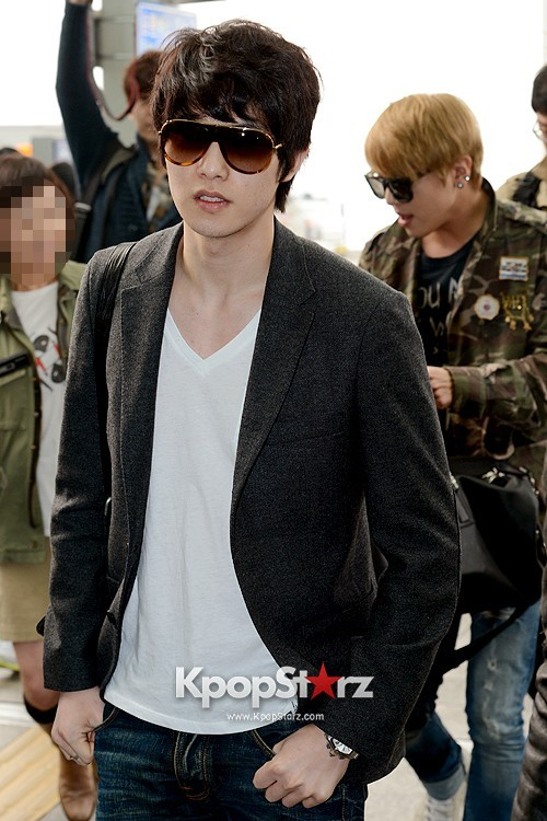 CNBLUE Leaving for Blue Moon World Tour in Taiwan - April 5, 2013key=>2 count7
