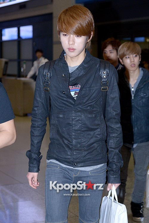 INFINITE Airport - April 14, 2013 key=>4 count9