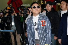 PSY Leaves for US for 'Gentleman' Promotions-April 25, 2013