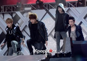 EXO Members (Suho, Baekhyun, Chanyeol, D.O., Kai, Sehun, Kris, Xiumin, Lu Han, Lay, Chen, Tao) at Performance for 2013 Dream Concert