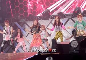 4Minute's Nam Ji-hyun, Heo Ga-yoon, Jeon Ji-yoon, Kim Hyun-a, Kwon So-hyun Performing at 2013 Dream Concert