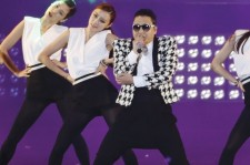 Psy will perform on American Idol May 16