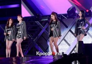 KARA Park Gyu-ri, Han Seung-yeon, Goo Ha-ra, Nicole Jung, Kang Ji-young Performing at 2013 Dream Concert