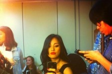 lee hyori self-camera photo