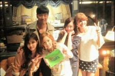 lee jong hyuk girls generation members picture