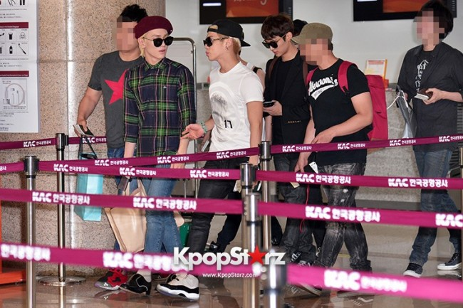 Airport Style: SHINee Leaves for Schedule In Japan on June 10, 2013key=>6 count21