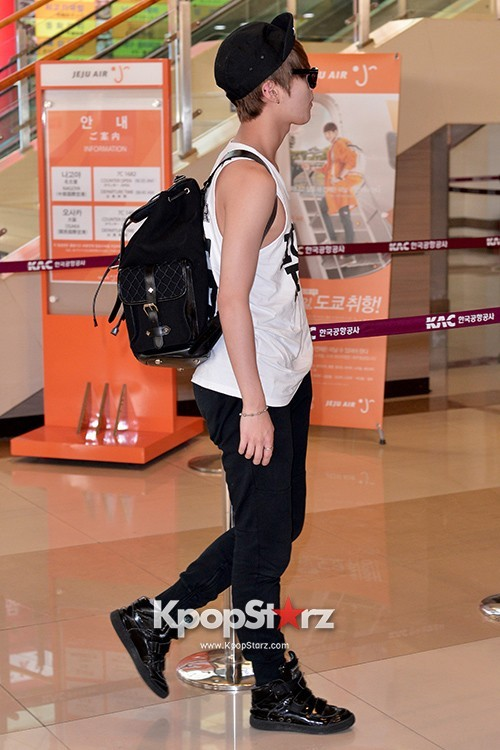 Airport Style: SHINee Leaves for Schedule In Japan on June 10, 2013key=>10 count21