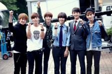 SHINee Visits Drama Set of 'To the Beautiful You'