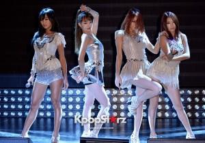 Sistar (Hyorin, Bora, Soyou, Dasom) Performs at Comeback Showcase for